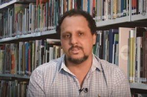 """""""As escolas precisam romper seus muros"""" Júlio Neres, técnico do Núcleo de Educação"""