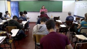 O Globo: Educadores pedem mais tempo para debater base do ensino médio