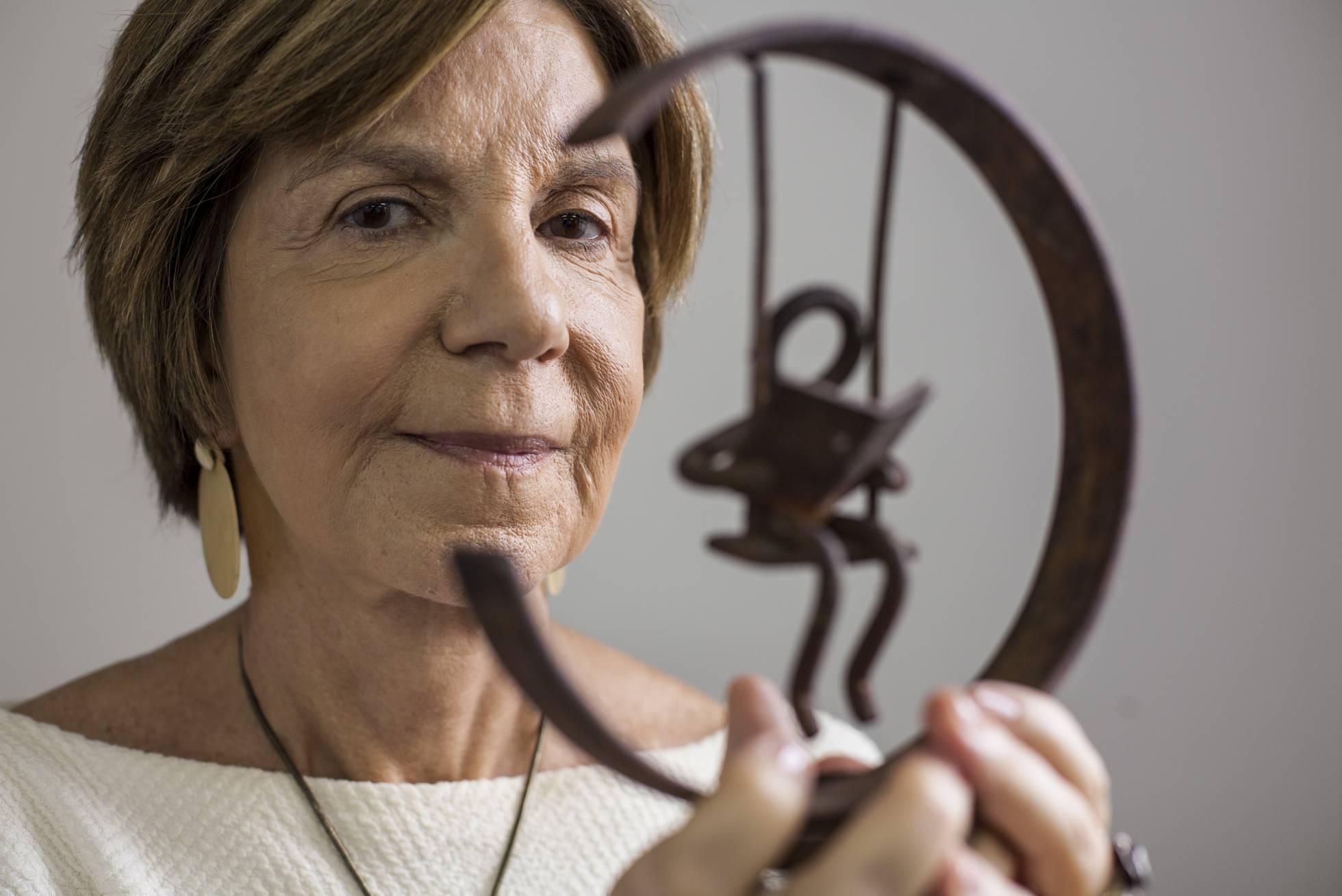 """El País: """"Plano de reforma de ensino pode aumentar desigualdades. Apresentá-lo por MP é grave"""""""