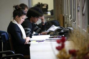 Só ampliação de carga horária não garante melhoria de qualidade do ensino médio
