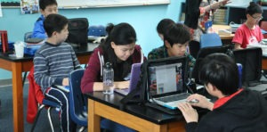Chegada de tecnologia em sala de aula promove revolução no aprendizado