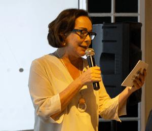 Anna Helena Altenfelder contou a história de defesa da educação e produção de conhecimento dos 32 anos do CENPEC. Foto: Marco Antonio Vieira.