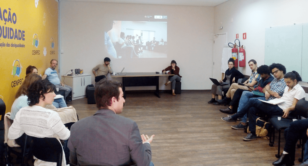 Cerca de 20 representantes da organização civil participaram de reunião no CENPEC Educação promovida pelo Pacto pela Democracia, que incluiu oficina sobre reforma política e apresentação de plataforma colaborativa.