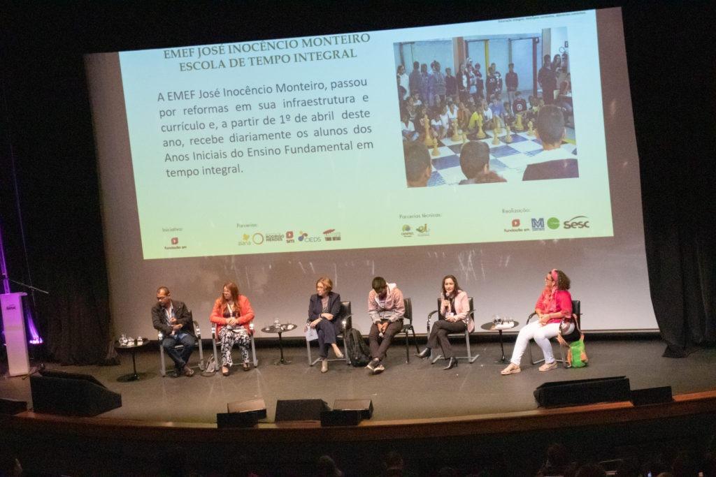 Da esq. para a dir.:  Roger França, Keit Lira, Pilar Lacerda, Valcenir Karai, Cássia Dias e Karla Fornari de Souza