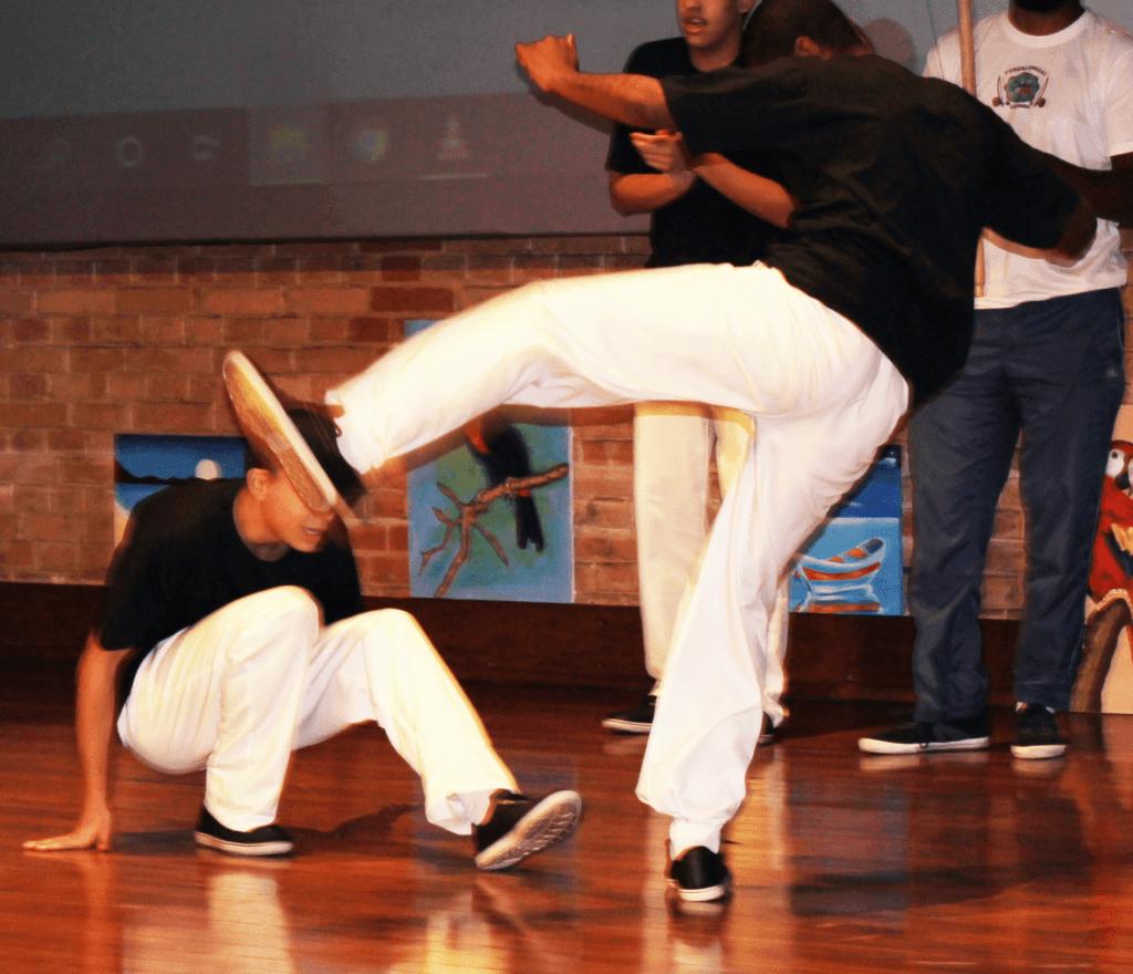 A capoeira e outras manifestações afro-brasileiras foram um dos destaques nas apresentações dos adolescentes.