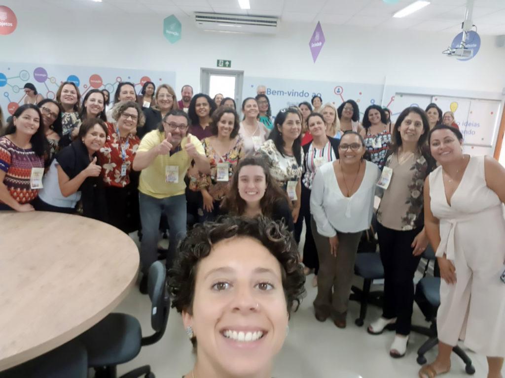Formação sobre aprendizagem solidária em Coronel Fabriciano (MG)