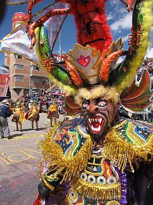 As Diabladas, em Oruro, na Bolívia.