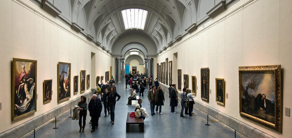 Interior do Museo del Prado, na Espanha.