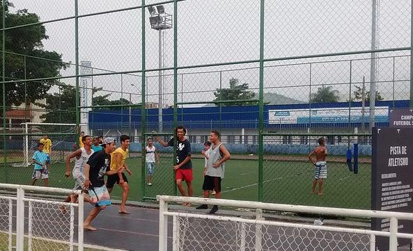 Experimentação com esporte na Vila Olímpica Jornalista Ary de Carvalho, Rio de Janeiro