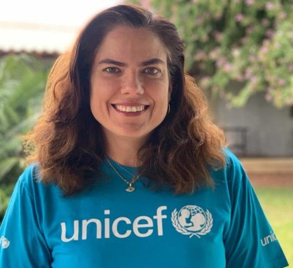 Imagem de Julia Ribeiro, oficial de educação do UNICEF Brasil.