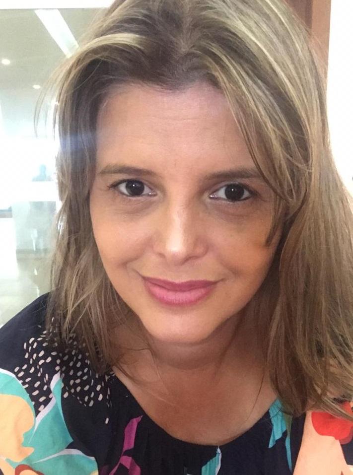 Fotografia de Debóra Resende Maranhão, gerente de Informação e Avaliação da Secretaria da Educação (Sedu) do Espírito Santo.