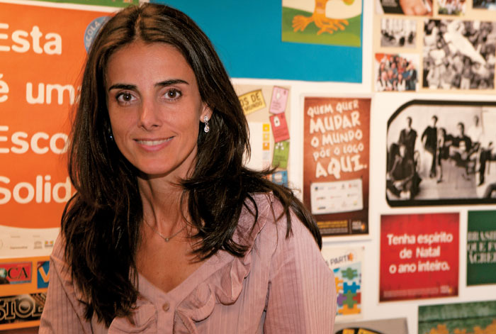 Fotografia de Katia Mori, Doutora em Currículo pela Pontifícia Universidade Católica de São Paulo e consultora da Rede Brasileira de Aprendizagem Solidária.