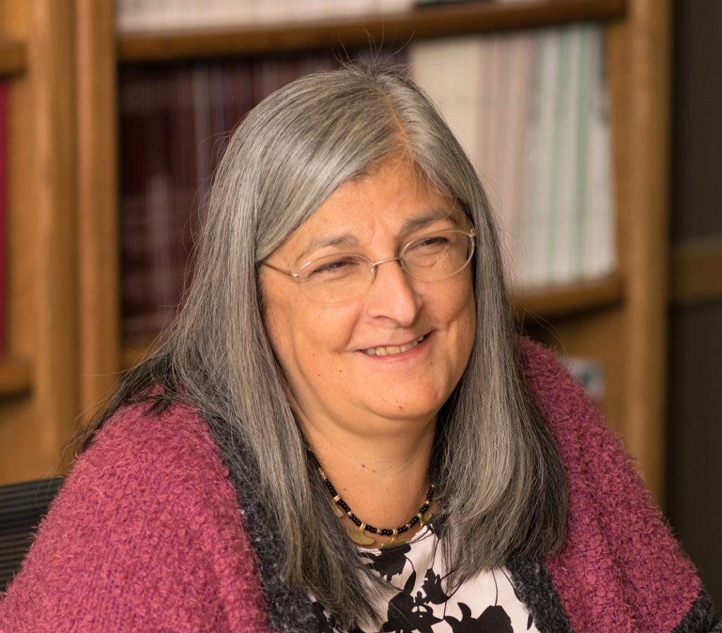 María Nieves Tapia