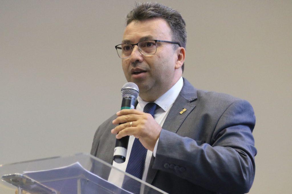 Imagem de Luiz Miguel Martins Garcia, presidente da União Nacional dos Dirigentes Municipais de Educação (Undime) e dirigente municipal de educação de Sud Mennucci (SP).