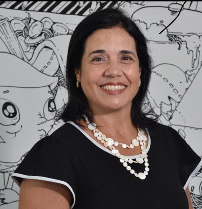 Imagem de Solange Petrosino, diretora acadêmica da Editora Moderna.