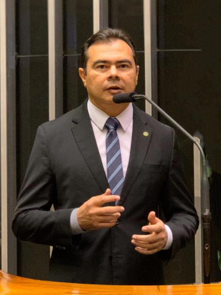 Deputado Idilvan Alencar
